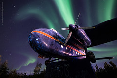 Borealis Science & Photo Tours [1652] (josefrancisco.salgado) Tags: canada d5 nikon northernlights northwestterritories sigma sigma14mmf18dghsmart yellowknife airplane astrofotografía astronomy astronomía astrophotography aurora auroraborealis aurorae auroras avión cielonocturno estrellas exposiciónlarga longexposure night nightsky stars