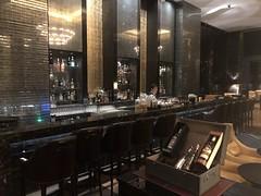 Astor Bar - St Regis Kuala Lumpur (Travel Guys) Tags: stregis stregiskualalumpur kualalumpur malaisie malaysia spg spglife starwood hotel luxuryhotel travel luxurytravel