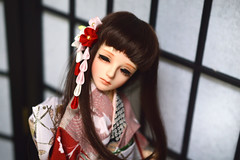 Red White and Pink Ume doll designs in various sizes. (Bright Wish Kanzashi) Tags: bjd bjdkanzashi dolls dollaccessory hairaccessory clip red pink white plumblossoms danglingkanzashi 球体関節人形 キャストドール 髪飾り つまみ細工 人形着物 手作り 梅 dollkanzashi msdsize 14size 14th souldollruan souldollkid