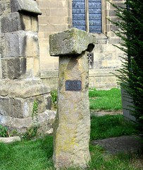 Guide post (Windless) Tags: guide post stone 1709 st peters church hope derbyshire