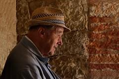 The old man's smile (picsessionphotoarts) Tags: nikon nikond750 nikonfotografie nikonphotography citylife urbanlife streetphotography portrait porträt portraitphotography rothenburgodtauber altermann oldman smile oldmanssmile afsnikkor80400mmf4556gedvr