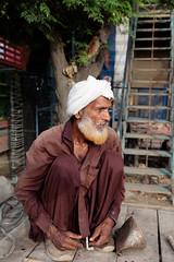 untitled-5405 (Liaqat Ali Vance) Tags: portrait common man face google liaqat ali vance photography lahore punjab pakistan