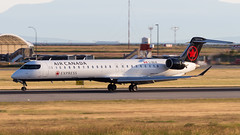 Bombardier CRJ-705 C-GDJZ Air Canada Express (William Musculus) Tags: vancouver airport international yvr cyvr spotting richmond britishcolumbia canada ca cgdjz air express bombardier crj705 cl6002d15 crj900 canadair regional jet qk jza ac aca william musculus