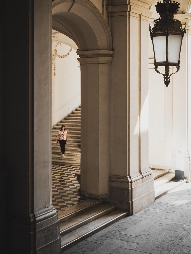 Bezaubernd Klepfer Naturstein Sammlung Von Stairs Down - Museo Di Palazzo Reale,
