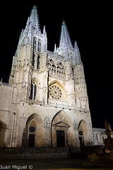 Catedral de Burgos (Juan Miguel) Tags: burgos castillayleón cathedral church cristianismo españa europa europe iglesia juanmiguel lx5 panasoniclx5 spagne spain spanien architecture arquitectura catedral urban urbana wide