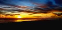 Sonnenuntergang vor Cuxhaven / Sunset in front of Cuxhaven (Wolfgang.W. ) Tags: sunrise sunset sonnenuntergang sonnenaufgang sun sonne abendrot norddeutschland küste sahlenburg cuxhaven meer sea