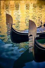 Venetian Rhapsody (Gio_guarda_le_stelle) Tags: water venice gondola venezia reflection canale i 4x4 blue laserenissima venezialabella incanto canalgrande bellezza poesia dettaglio canon eos sanmarco veneto italy