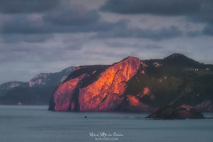Ogoño (Mimadeo) Tags: cape sunset sky laga urdaibai ibarrangelu vizcaya bizkaia basquecountry euskadi paisvasco spain ogono cliff sea ocean beautiful idyllic red golden landscape