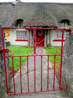 Chaumière dans le village d'Adare (Comté de Limerick, Irlande)