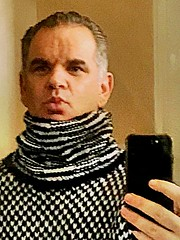 Selfie old turtleneck (jeremyv3) Tags: men sweater jumpers wool fashion turtlenecks turtleneck selfie