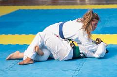 Bjj Women (BLLLCCC) Tags: barefoot baresoles feet pés descalça soles solas women female feminino bjj jiujitsu fight luta esporte sport gi kimono mat tatame martialarts technique