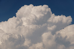 Cumulonimbo (Joaquim F. P.) Tags: meteo meteorología joaquimfp tarragona tormenta nube cumulonimbo salou spain convección convection cumulonimbus storm weather meteorologia eltiempo sony ilce 6300 a6300 alpha sel55210 zoom telezoom emount mirrorless evil ilce6300 apsc sensor nex ilc milc bealpha