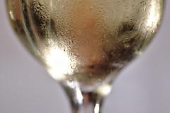 A Glass of cool greek wine. HMM! (Gerald Lang) Tags: sonyalpha7ii sonya7ii sonyilce7m2 wassertropfen lesgouttesdeau waterdrops glas glass wein weinglas verreàvin vin verre vine wineglass macromondays tamronaf90mm128macro11 import03092018