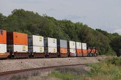 58897 (richiekennedy56) Tags: bnsf es44dc c449w bnsf7642 bnsf5113 camden missouri raycountymo railphotos unitedstates usa