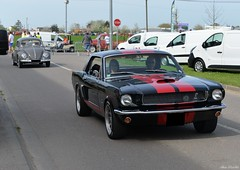 1966 Ford Mustang coupe (pontfire) Tags: 1966 ford mustang coupe 66 leneubourg lesrétrosduplateau en ancienne classic old antique collection vieille car cars auto autos automobili automobile automobiles voiture voitures coche coches carro wagen veteran vintage classique pontifre carros pontfire bil αυτοκίνητο 車 автомобиль oldtimer american américaine v8