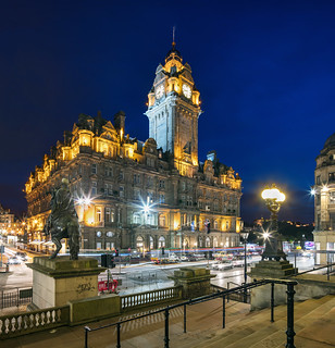Edinburgh - Balmoral Blue Hour