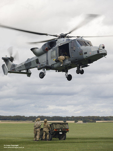 Army Air Corps Reserves train with Wildcat helicopters