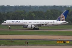 N547UA B757-200 United (JaffaPix +4 million views-thanks...) Tags: n547ua b757200 b757 b752 757 boeing united ua ual iad kiad dulles washingtondulles aircraft airplane aeroplane aviation davejefferys jaffapix jaffapixcom