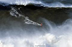 LUCAS CHIANCA / 2521LFR (Rafael González de Riancho (Lunada) / Rafa Rianch) Tags: paddle remada surf waves surfing olas sport deportes sea mer mar nazaré vagues ondas portugal playa beach 海の沿岸をサーフィンスポーツ 自然 海 ポルトガル heʻe nalu palena moana haʻuki kai olahraga laut pantai costa coast storm temporal