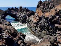 Playa del Janubio - Lanzarote - 2018-09-15 (BillyGoat75) Tags: lava rocks coastline sea water atlanticocean waves arch cliffs playadeljanubio lanzarote thecanaryislands spain