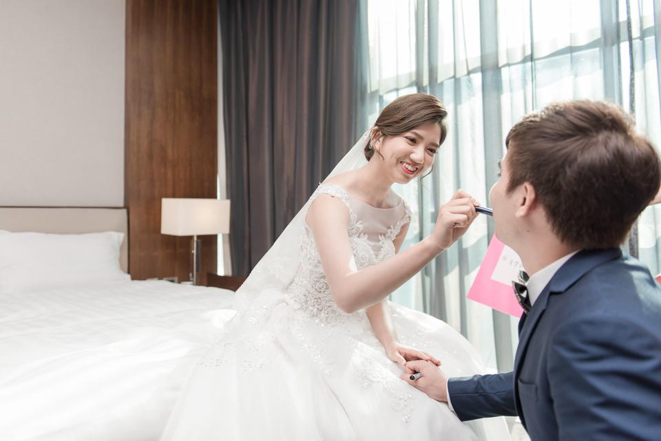 高雄婚攝 海中鮮婚宴會館 有正妹新娘快來看呦 C & S 037