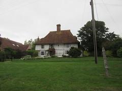 Henden Place, The Green, Woodchurch, Kent (LookaroundAnne) Tags: gwuk listedbuilding gradeii listed woodchurch kent hendenplace hendonplace thegreen