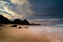 Le Pouldu (Soregral) Tags: rose leverdesoleil découpé ciel littlestopper océan bretagne mer bleu poselongue paysage rocher côte vague plage nuage soleil techniquephoto couleurs lumière leefilter filé