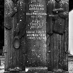 15 - Cimetière de Fécamp - Tombe de Jules Brateau, sculpteur thumbnail