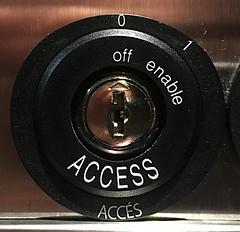 Anglų lietuvių žodynas. Žodis accessability reiškia n (patogus, lengvas) prieinamumas lietuviškai.