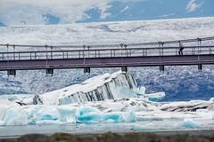 Jokulsarlon, Islande (yvon.kerdavid) Tags: jokulsarlon islande pont lagune glacier iceberg glace