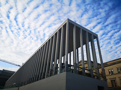 2018-09-FL-196398 (acme london) Tags: architecture artgalelry berlin chipperfield construction museum museumsinsel newmuseum precastconcrete