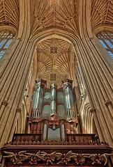 Bath Abbey (abtabt) Tags: unitedkingdom uk england bath georgianarchitecture architecture abbey church handheldhdr d700sigma1224 up