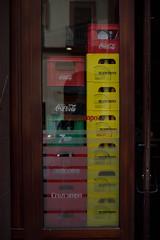 Livraison (@YannGarPhoto) Tags: livraison cruzcampo schweppes seville sevilla spain espagne españa coca cocacola 7up reflet reflexion vitrine nikon nikonfrance nikonfr nikond750 d750 fx fullframe sigma sigmaart art sigma35mmf14 f14 35mm 35mmart sigmafrance sigmafr yanngar