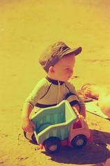 13290003 (terrible_volk) Tags: kodak vision2100t rhosili beach cymru orangefilter film nikonn60 tamron28300
