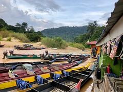 Floating restaurant Taman negara (baptistedavid1) Tags: river fleuve riviere jungle nationalpark tamannegara malaisie floatingrestaurant restaurant floating bateau boat