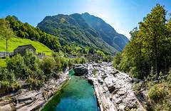 Valle Verzasca 2018 - Ponte dei Salti (karlheinz klingbeil) Tags: suisse fluss swissalps river water switzerland panorama wasser schweiz lavertezzo tessin ch