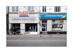 Ni l'un ni l'autre - Hénin-Beaumont (3/8). (Scubaba) Tags: europe france couleurs colors ville town rue street magasins shops