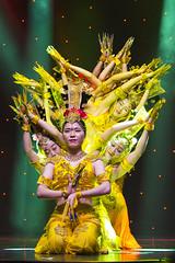 DAG_8929r (crobart) Tags: thousand hand bodhisattva eyes yate dance acrobatic team chinese china canadian national exhibition cne 2018 toronto