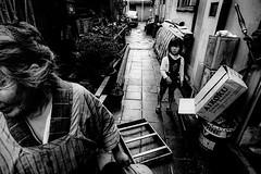 Street 647 (soyokazeojisan) Tags: japan osaka bw city street people blackandwhite analog olympus m1 om1 21mm film trix kodak memories 1970s 1975
