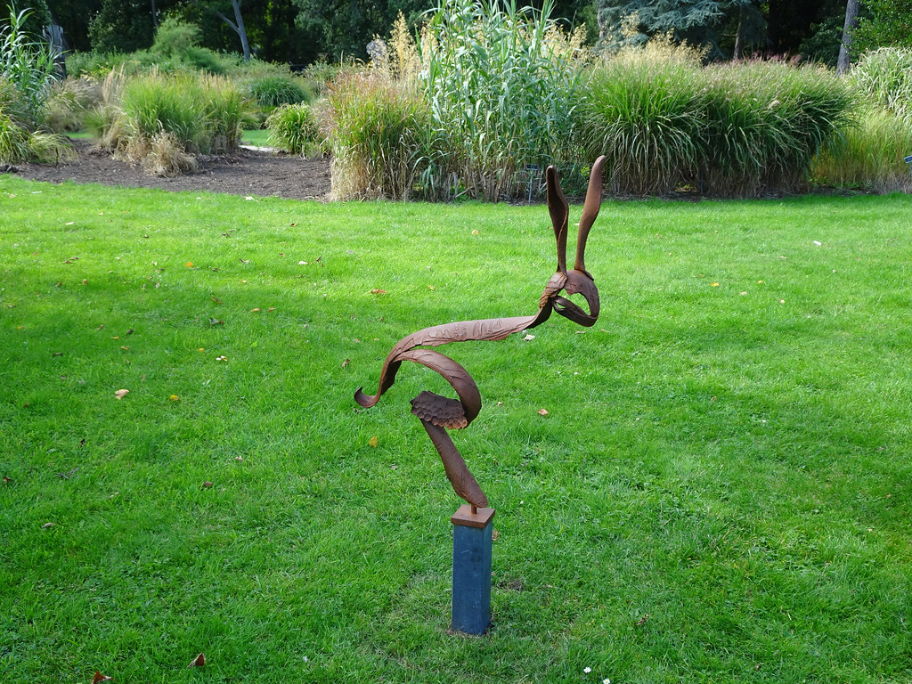 2018 SCULPTURE IN CONTEXT EXHIBITION BEGINS NEXT THURSDAY  AT THE BOTANIC GARDENS[I MANAGED TO GET A SNEAK PREVIEW TODAY]-143742