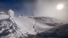 NaŚnieżce (dRvECtoR) Tags: nieżka karkonosze sudety zima snow śnieg winter white landscape krajobraz mountain sky polska pentax ricoh