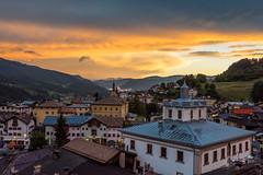 Tesero by night (*magma*) Tags: monti montagne dolomiti trentino altoadige tesero panorama landscape tramonto sunset view nuvole clouds town