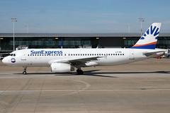 LY-VEI 11092018 (Tristar1011) Tags: ebbr bru brusselsairport sunexpress avionexpress airbus a320200 a320 lyvei