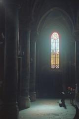 Devozioni: candele accese (Silvia Kuro) Tags: devozioni analog cinestill 800t church chiesa pray candle candles candele preghiera film interiors interni jesus sacred heart holy sacro cuore gesù