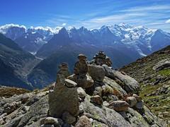 Cairn (Manon Ridet) Tags: montagne montblanc mountain chamonix cairn rhônealpes randonnée rocher paysage panorama hautesavoie france nature