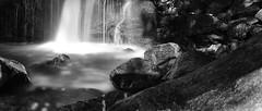Wasser im Fluss (Jensens PhotoGraphy) Tags: wasser water wasserfall landschaft landscape langzeitbelichtung natur nature schwarzwald schwarzweiss