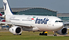 EP-IJA - Airbus A330-243 - LHR (Seán Noel O'Connell) Tags: iranair epija airbus a330243 a330 a332 heathrowairport heathrow lhr egll 09r ika oiie ir710 ira710 aviation avgeek aviationphotography planespotting