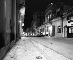Havana at Night (IV2K) Tags: havana habana lahabana cuba cuban kuba caribbean blackandwhite bw mamiya mamiya7 mamiya7ii mediumformat ilford ilfordfilm filmphotography habanavieja centrohavana d76 ilfordhp5 night nightphotography longexposure hiphavana