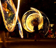 20180817-TS1_6210 (tseehaus) Tags: firejuggling irish irischesfeuermärchen night light fire dynamics movement icm intentionalcameramovement circus artistics