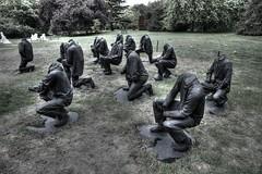 Senzenina (Scamber2630) Tags: london regentspark display art haroongunnsalie men headlesscanon